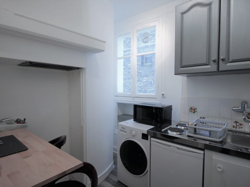 Rental apartment Paris 18ème 880€ CC - Picture 3