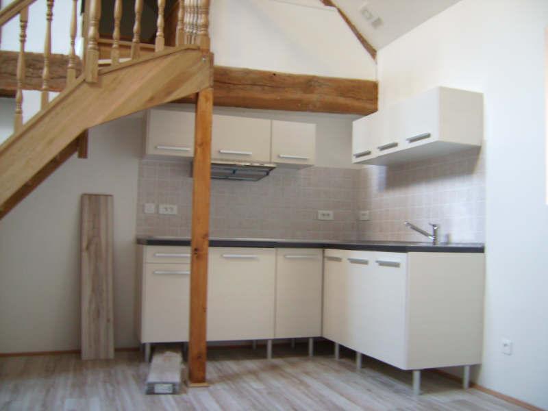 Rental apartment Chanteloup les vignes 815€ CC - Picture 2