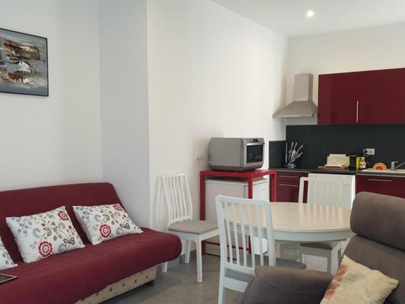 Sale apartment Oullins 173000€ - Picture 1