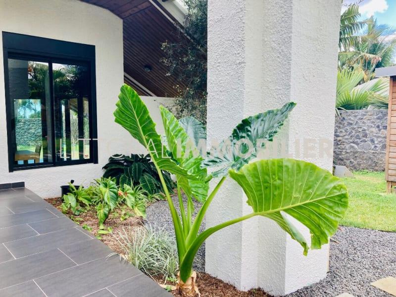 Sale house / villa Saint gilles les hauts 840000€ - Picture 1