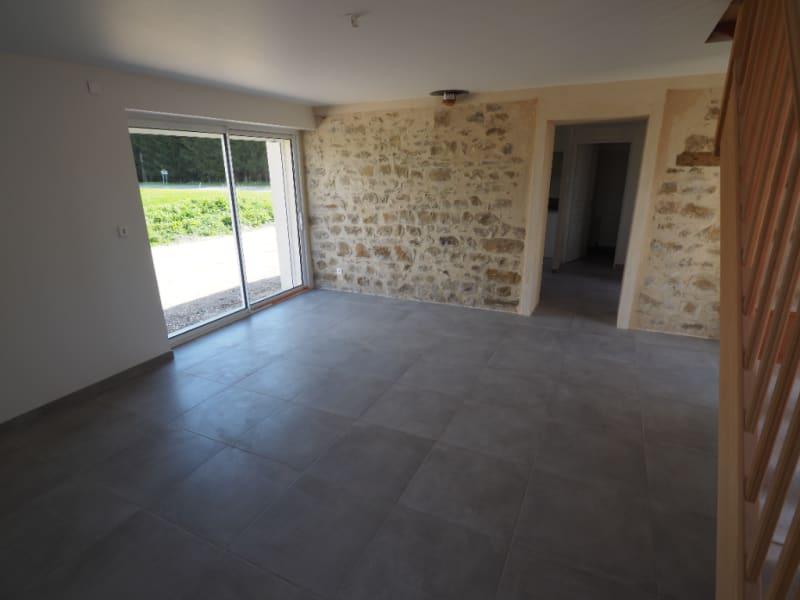 Rental house / villa Le chatelet en brie 1130€ CC - Picture 2