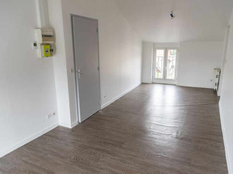 Rental apartment Oyonnax 335€ CC - Picture 3