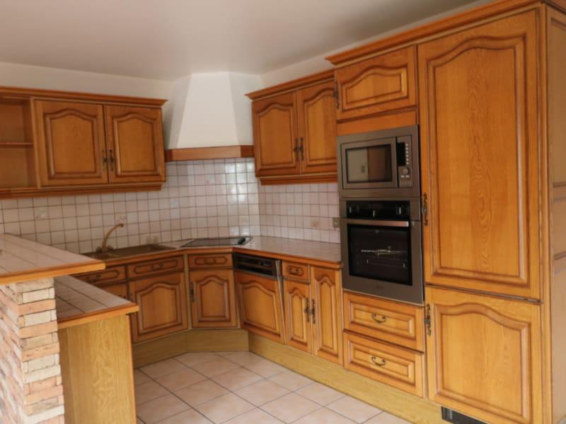 Rental apartment Marnaz 825€ CC - Picture 1