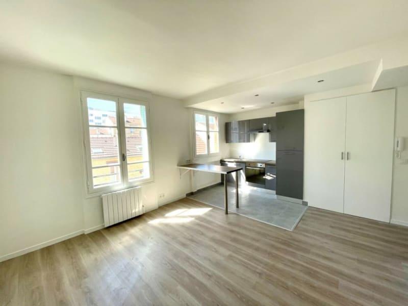 Location appartement Courbevoie 1100€ CC - Photo 1
