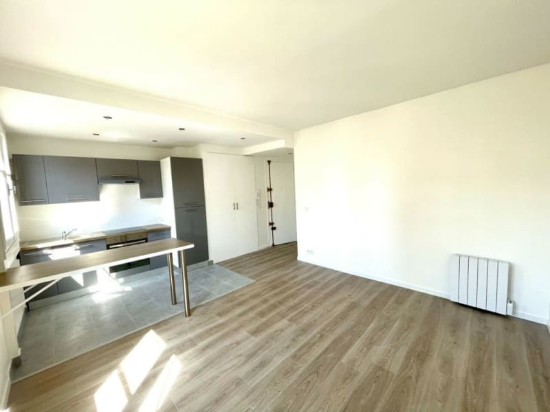 Location appartement Courbevoie 1100€ CC - Photo 2
