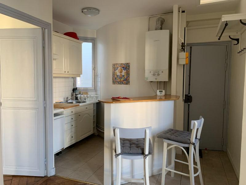 Rental apartment Paris 15ème 1120€ CC - Picture 2