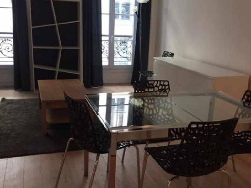 Alquiler  apartamento Paris 9ème 1690€ CC - Fotografía 1