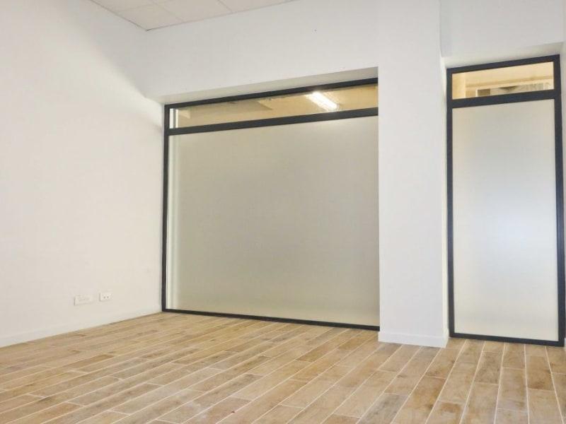 Rental empty room/storage Marseille 14ème 400€ HC - Picture 1
