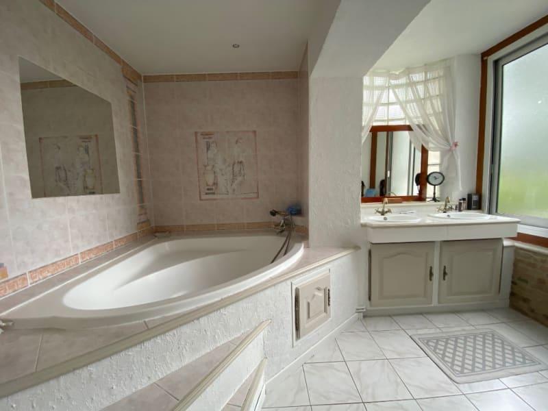 Vente maison / villa St clair sur epte 356600€ - Photo 5