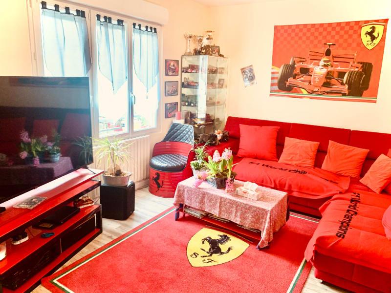 Sale house / villa Commeny 221400€ - Picture 3