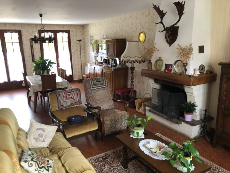 Sale house / villa Chars 315000€ - Picture 5