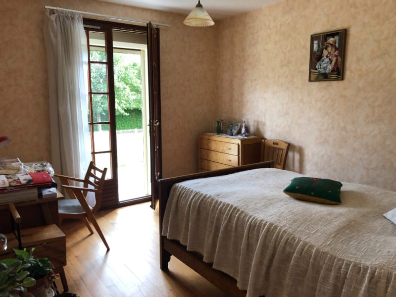 Sale house / villa Chars 315000€ - Picture 7