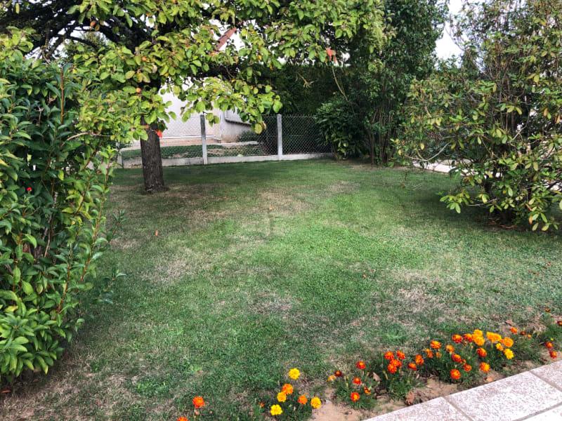 Sale house / villa Chars 315000€ - Picture 8