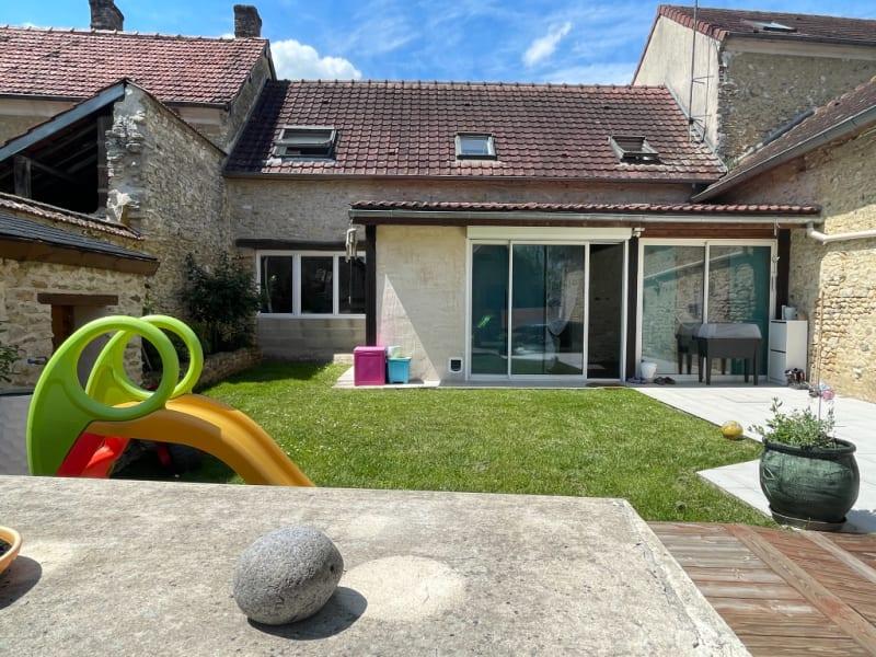 Sale house / villa St clair sur epte 260250€ - Picture 1