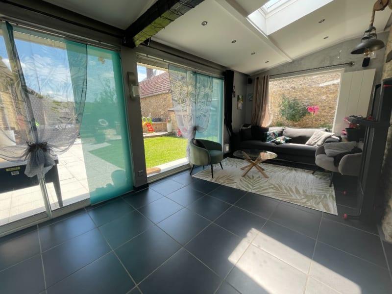 Sale house / villa St clair sur epte 260250€ - Picture 3