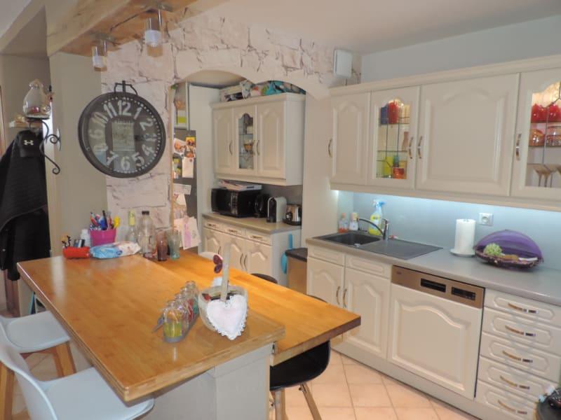 Sale house / villa St clair sur epte 260250€ - Picture 4