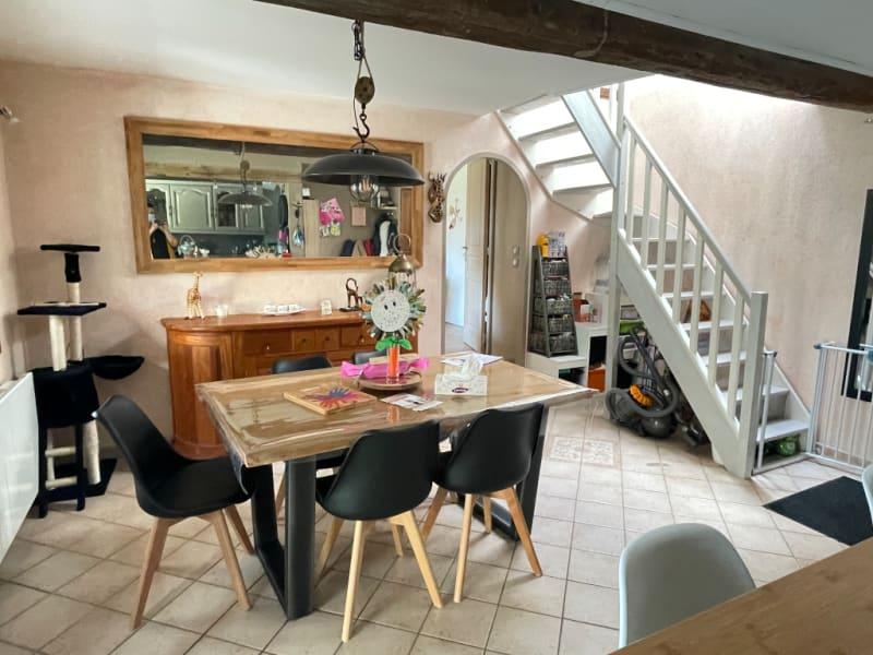 Sale house / villa St clair sur epte 260250€ - Picture 8