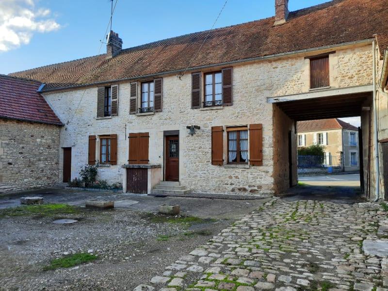 Sale house / villa Marines 393000€ - Picture 1