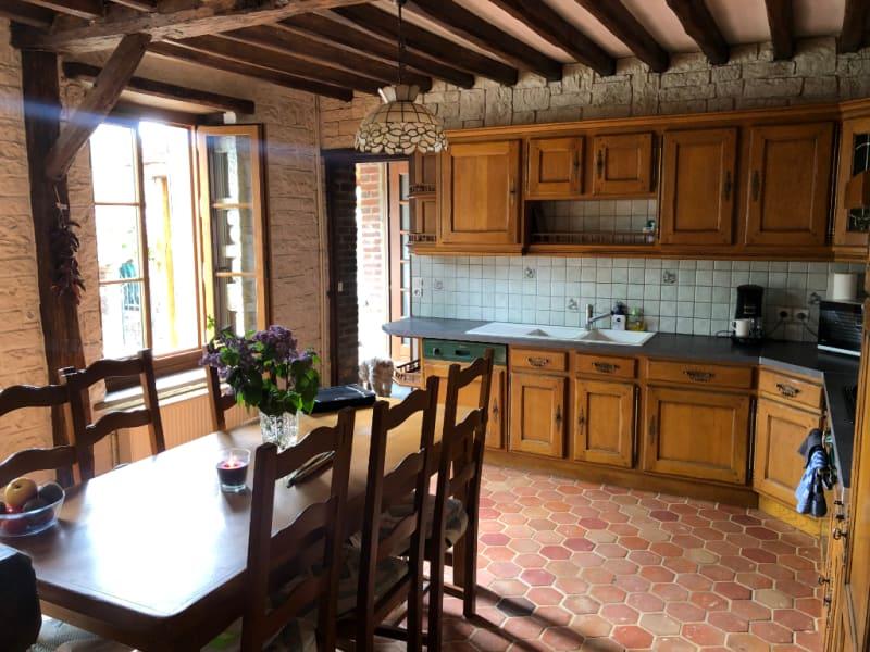 Sale house / villa Chars 262500€ - Picture 2