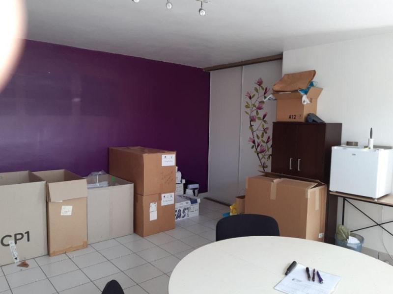 Sale empty room/storage Pleuven 86350€ - Picture 5