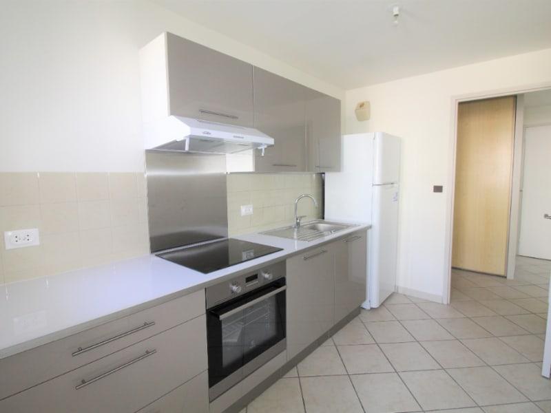 Rental apartment Voiron 565€ CC - Picture 2