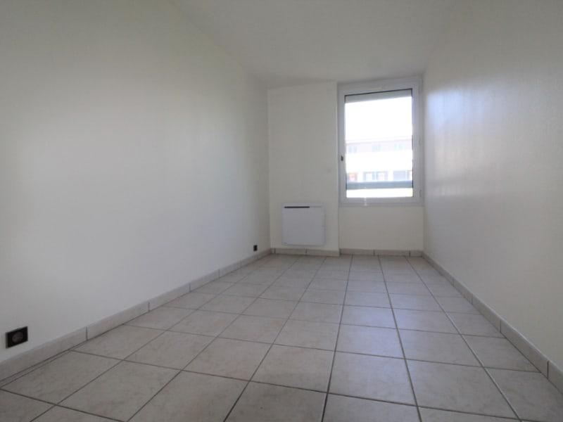 Rental apartment Voiron 565€ CC - Picture 3