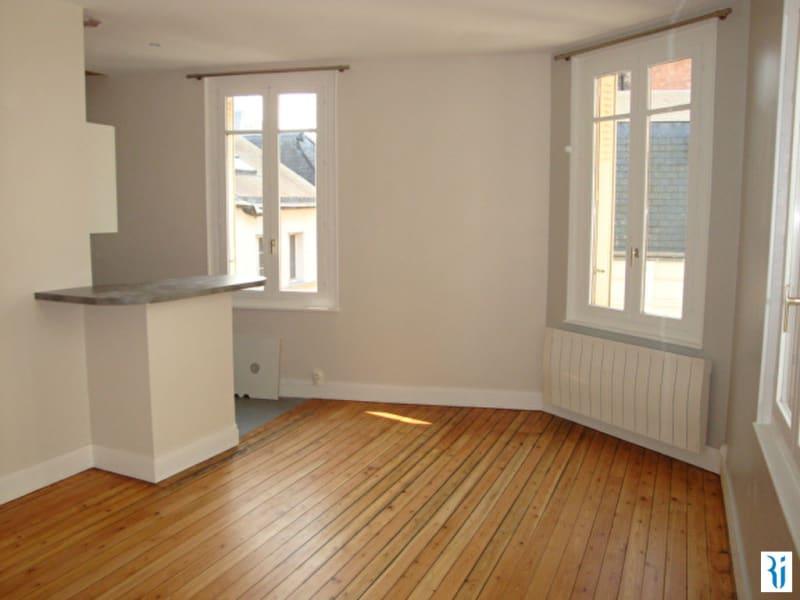 Rental apartment Rouen 687€ CC - Picture 1