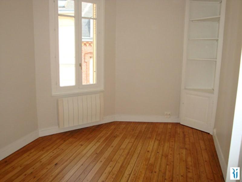 Rental apartment Rouen 687€ CC - Picture 2