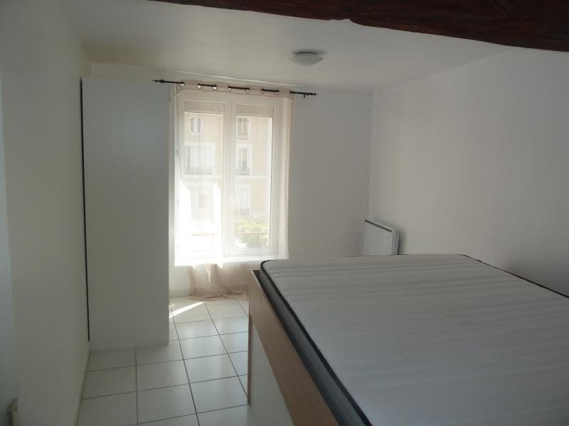 Rental apartment Vaux sur seine 550€ CC - Picture 4