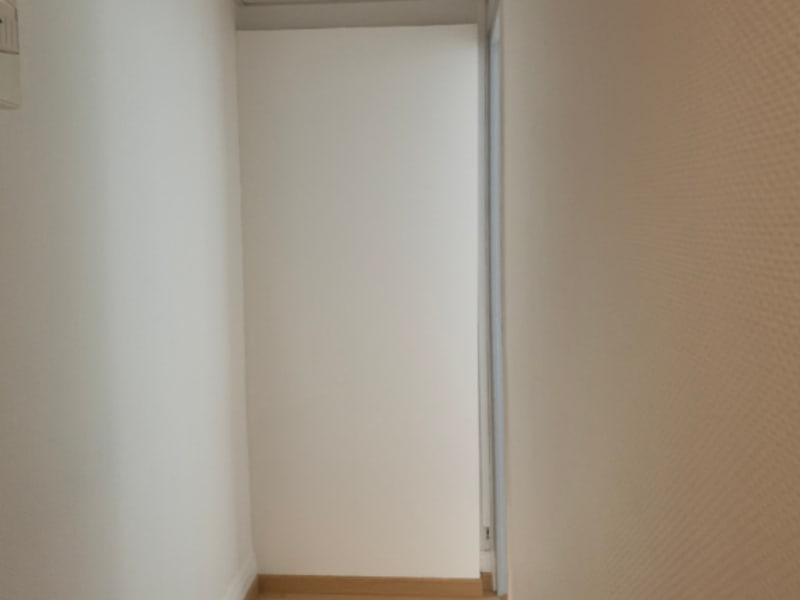 Rental apartment Saint quentin 525€ CC - Picture 2