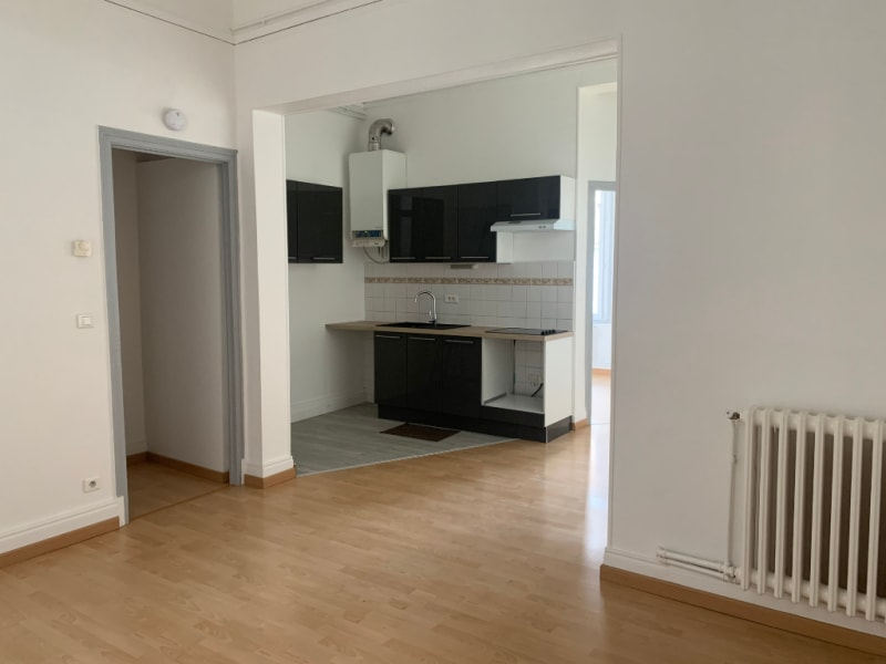 Rental apartment Saint quentin 525€ CC - Picture 5