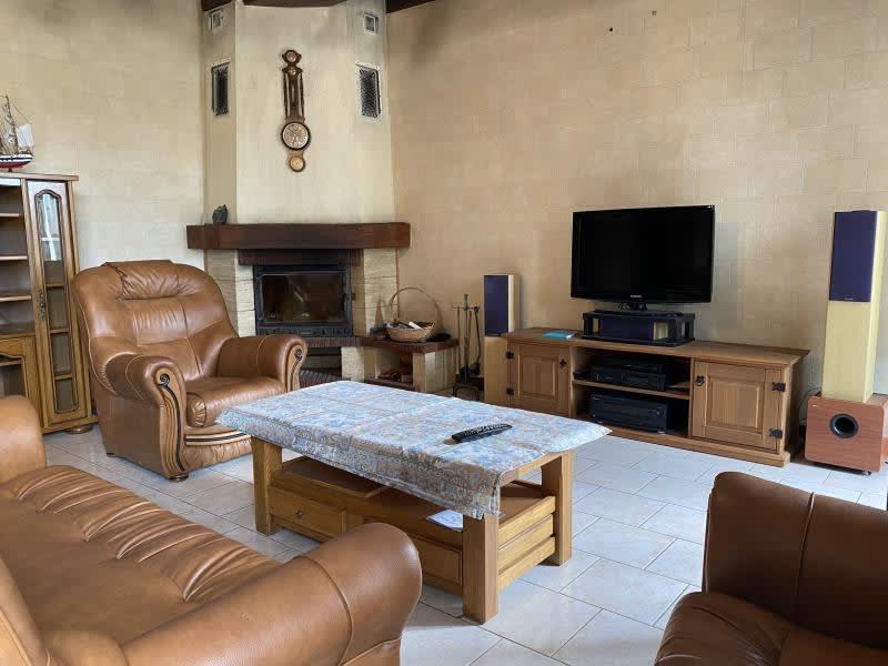 Sale house / villa Charny 210000€ - Picture 4