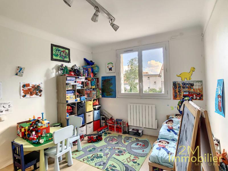 Rental apartment Melun 1043€ CC - Picture 4