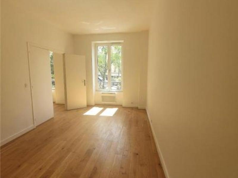 Location appartement Paris 10ème 1206€ CC - Photo 4
