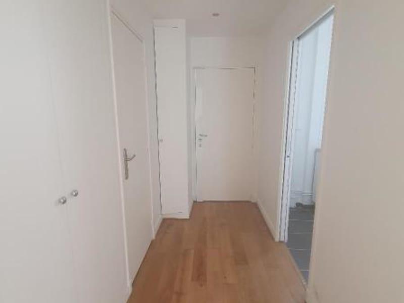 Location appartement Paris 10ème 1206€ CC - Photo 8