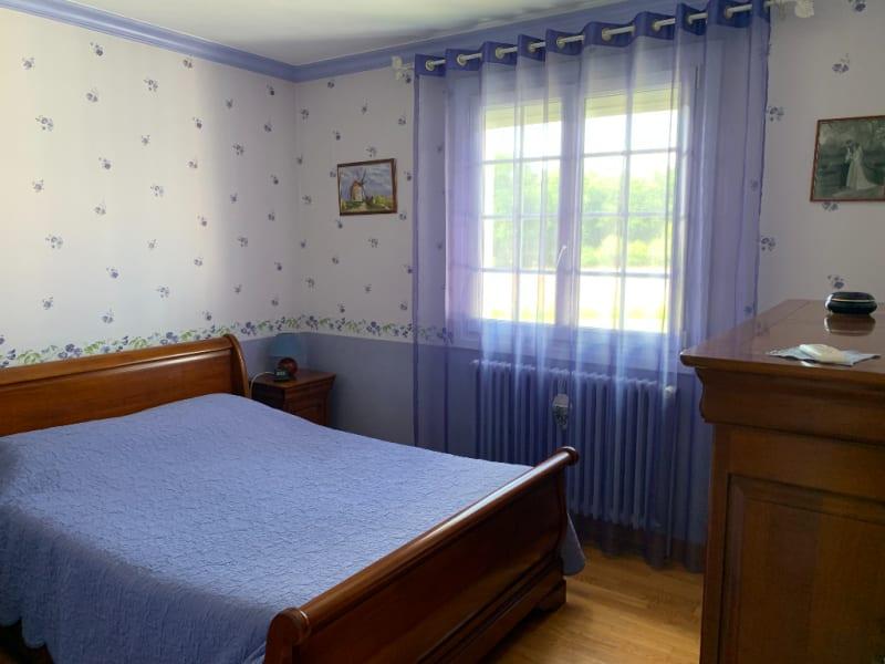 Sale house / villa Landeronde 306000€ - Picture 6