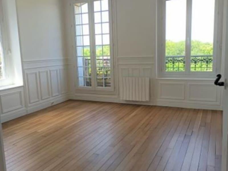 Rental apartment Le vesinet 1350€ CC - Picture 2