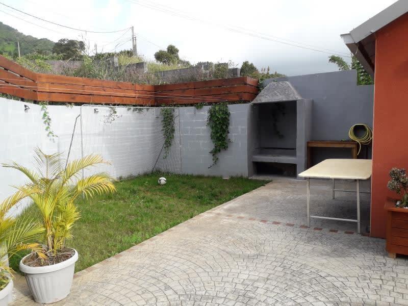 Rental house / villa La possession 1090€ CC - Picture 3