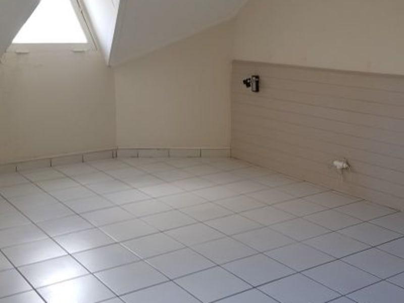 Location appartement St denis 648€ CC - Photo 3