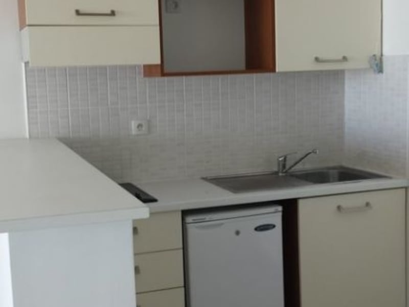 Location appartement Ste clotilde 622€ CC - Photo 3