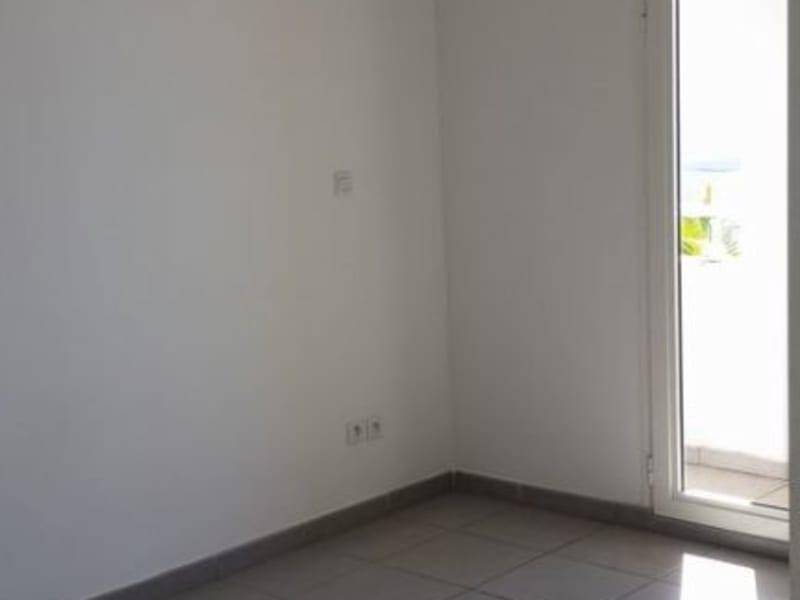 Location appartement Ste clotilde 622€ CC - Photo 5
