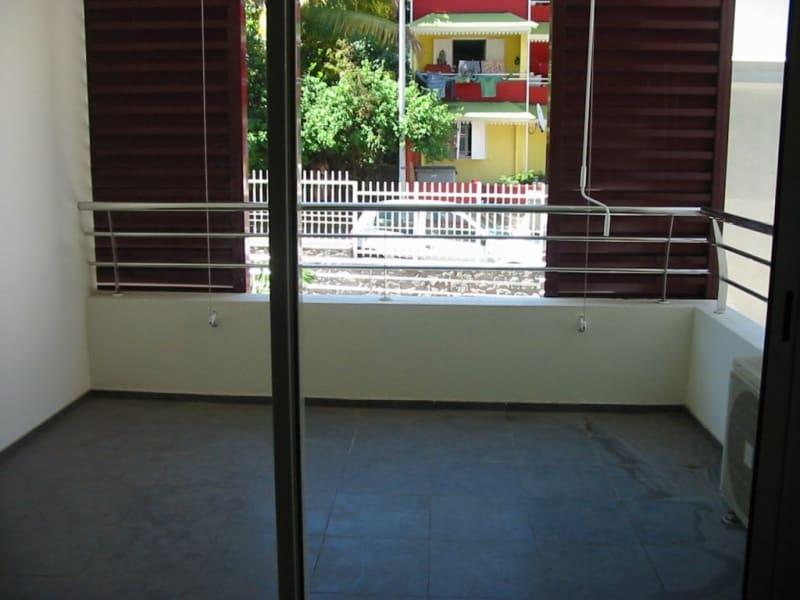 Location appartement Ste clotilde 627€ CC - Photo 5