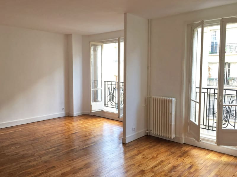 Rental apartment Paris 18ème 1465€ CC - Picture 3