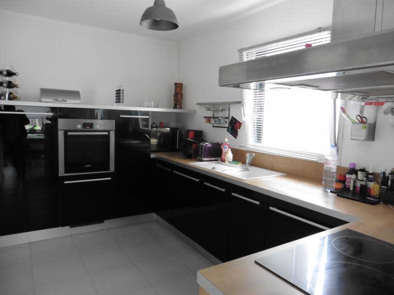 Sale house / villa Lannilis 237000€ - Picture 3