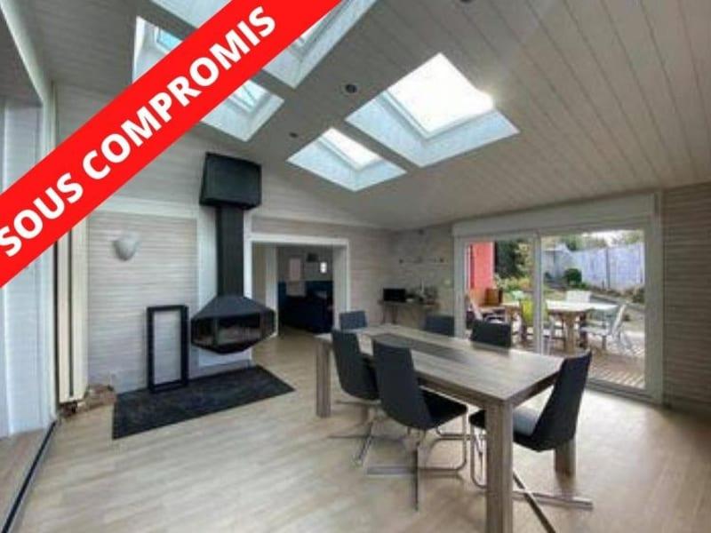Sale house / villa Lannilis 360000€ - Picture 1
