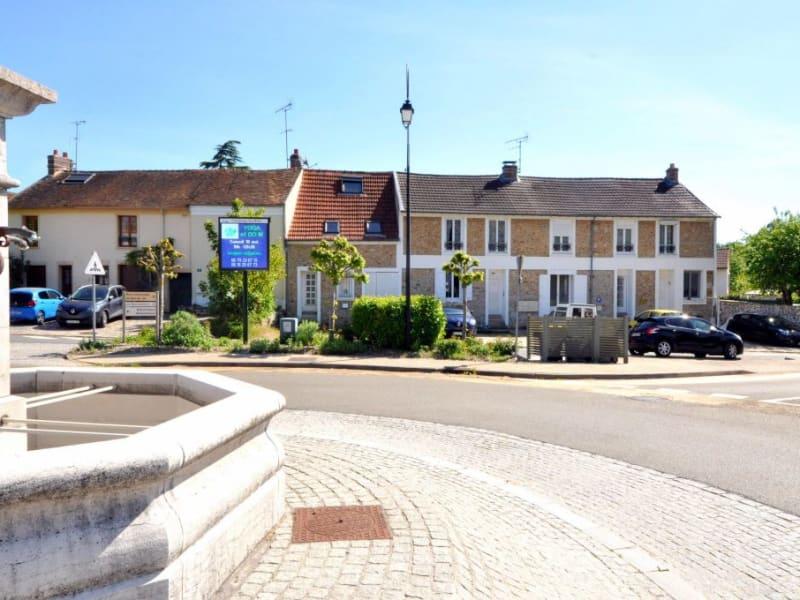 Sale apartment Fontenay les briis 145000€ - Picture 2