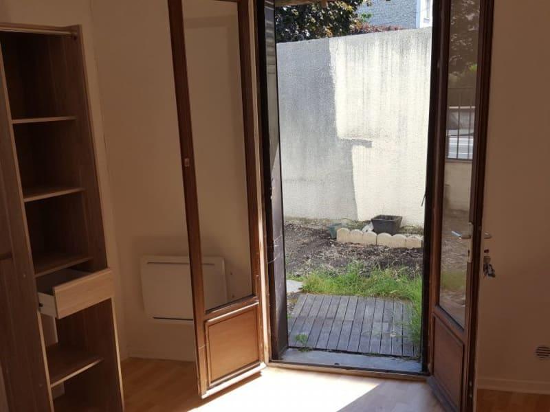 Rental house / villa Livry gargan 882€ CC - Picture 10