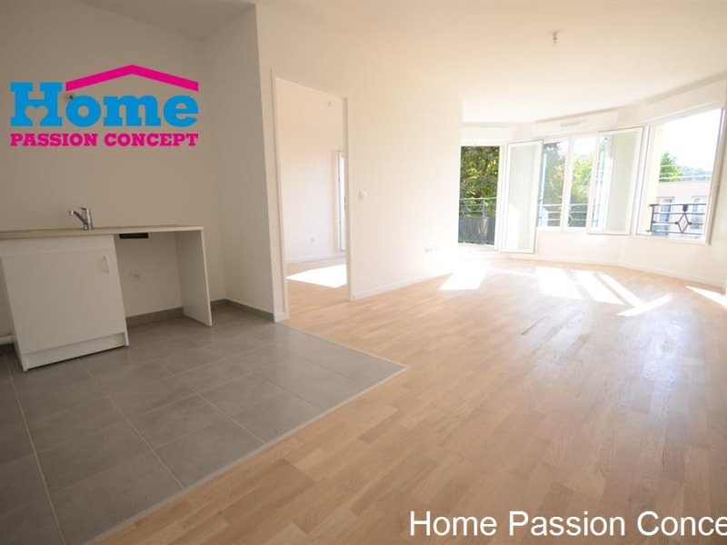 Sale apartment Bougival 282000€ - Picture 2