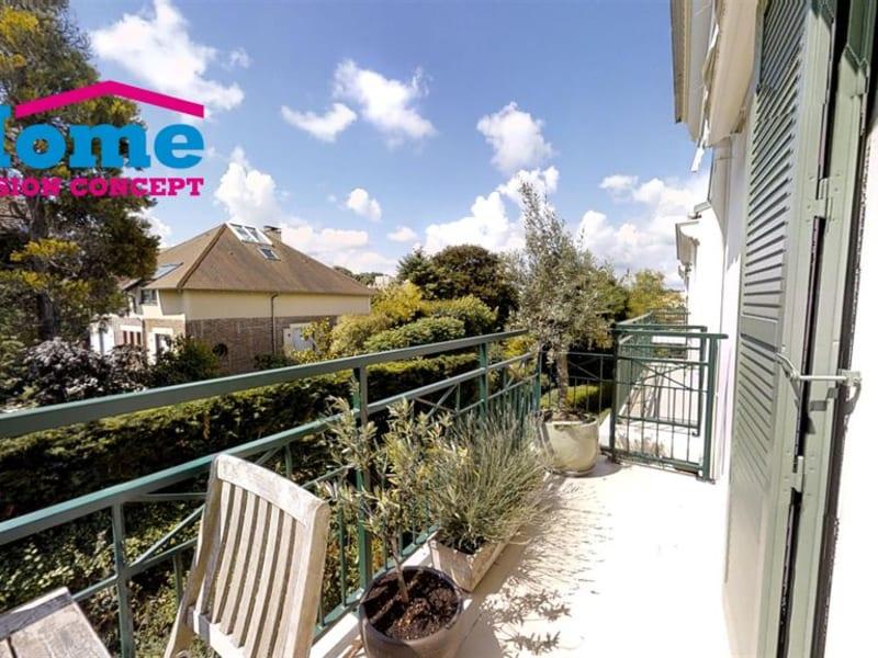 Sale apartment Rueil malmaison 610000€ - Picture 4