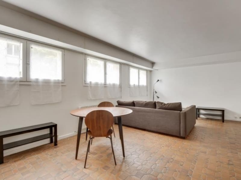 Sale apartment Versailles 245000€ - Picture 2